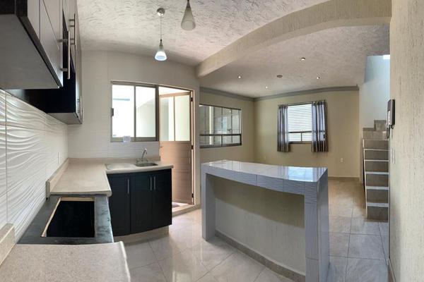 Foto de casa en venta en insurgentes esquina manuel bernal , capultitlán centro, toluca, méxico, 18004818 No. 08