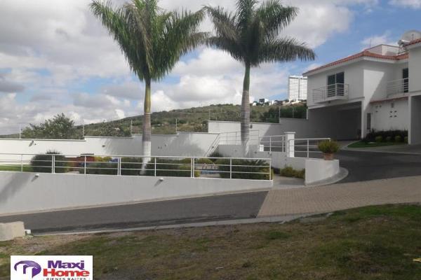 Foto de terreno habitacional en venta en  , irapuato, irapuato, guanajuato, 10080724 No. 02
