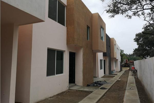 Foto de casa en venta en  , jacarandas, ciudad madero, tamaulipas, 12712766 No. 02
