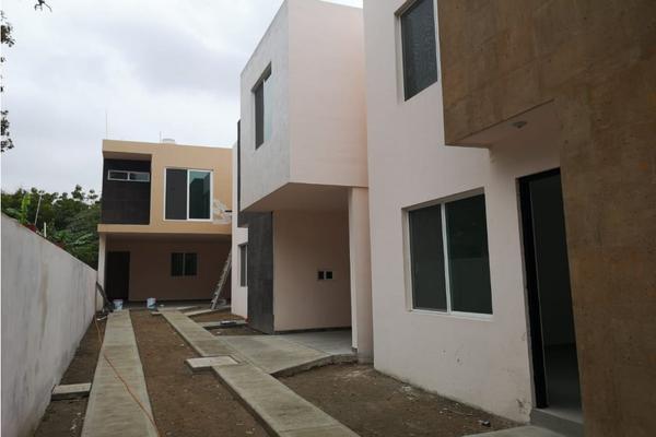 Foto de casa en venta en  , jacarandas, ciudad madero, tamaulipas, 12712766 No. 03
