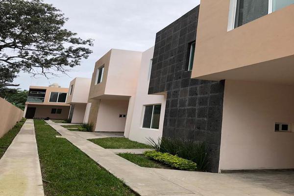 Foto de casa en venta en  , jacarandas, ciudad madero, tamaulipas, 19964276 No. 01