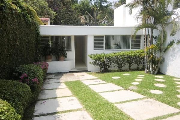 Foto de casa en venta en  , jacarandas, cuernavaca, morelos, 2661314 No. 01