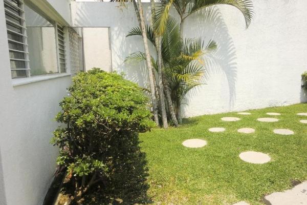 Foto de casa en venta en  , jacarandas, cuernavaca, morelos, 2661314 No. 03