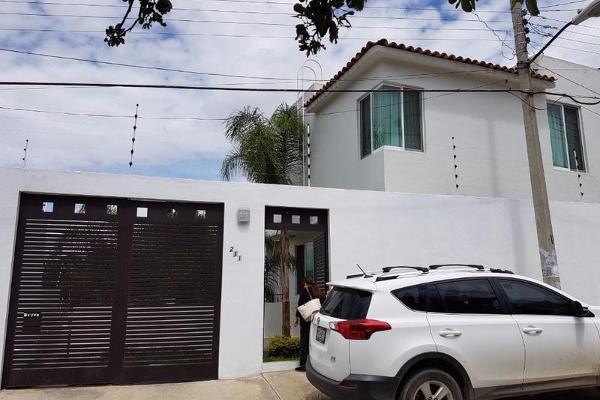 Foto de casa en venta en  , jardín, oaxaca de juárez, oaxaca, 7901037 No. 01