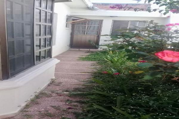 Foto de casa en venta en  , jardín, saltillo, coahuila de zaragoza, 14036381 No. 03