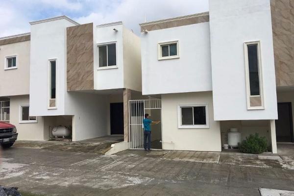 Foto de casa en venta en  , jardín, tampico, tamaulipas, 2643327 No. 02