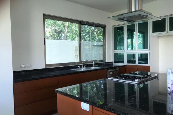 Foto de casa en renta en  , jardines cancún, benito juárez, quintana roo, 12830200 No. 03
