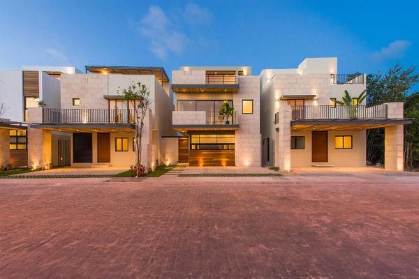 Foto de casa en venta en  , jardines cancún, benito juárez, quintana roo, 7193716 No. 02