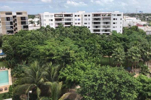 Foto de departamento en venta en  , jardines cancún, benito juárez, quintana roo, 7927030 No. 01