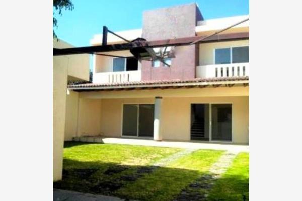 Foto de casa en venta en  , jardines de ahuatlán, cuernavaca, morelos, 2703871 No. 01