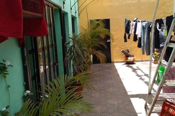 Foto de casa en venta en  , jardines de jericó, zamora, michoacán de ocampo, 5681630 No. 02