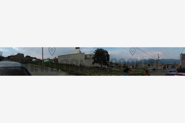 Foto de terreno habitacional en venta en  , jardines de la aurora, morelia, michoacán de ocampo, 2681355 No. 02