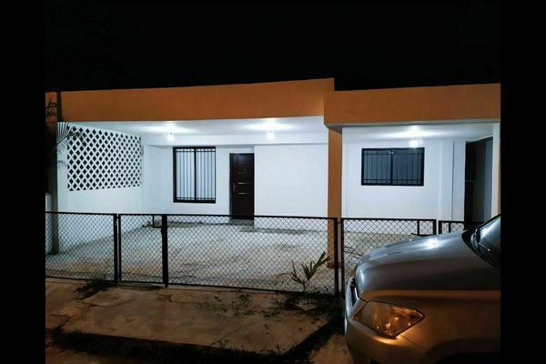 Foto de casa en venta en  , jardines de miraflores, mérida, yucatán, 20341071 No. 01