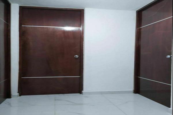Foto de casa en venta en  , jardines de miraflores, mérida, yucatán, 20341071 No. 04