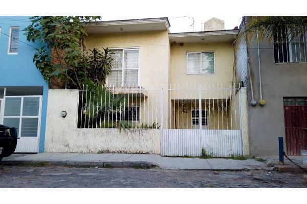 Foto de casa en venta en  , jardines de tlajomulco, tlajomulco de zúñiga, jalisco, 12326000 No. 02