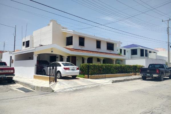 Foto de casa en venta en  , jardines del norte, mérida, yucatán, 14038617 No. 01