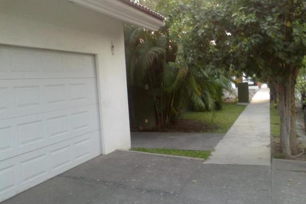 Foto de casa en venta en  , jardines vista hermosa, colima, colima, 5976927 No. 03