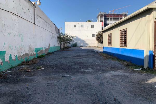 Foto de terreno habitacional en venta en jeronimo treviño , monterrey centro, monterrey, nuevo león, 19414418 No. 02