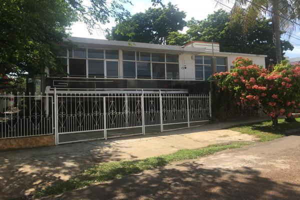 Foto de casa en venta en jonuta , prados de villahermosa, centro, tabasco, 5944359 No. 01