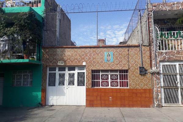 Foto de casa en venta en josé maría gómez 861, santa maría, guadalajara, jalisco, 12273544 No. 01