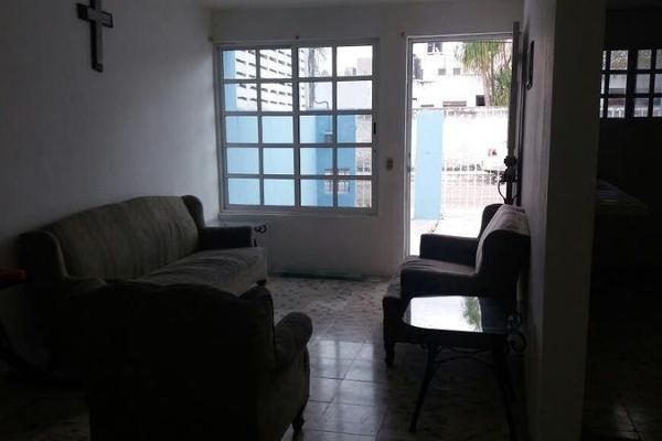 Foto de casa en venta en  , jose maria iturralde, mérida, yucatán, 8101413 No. 02