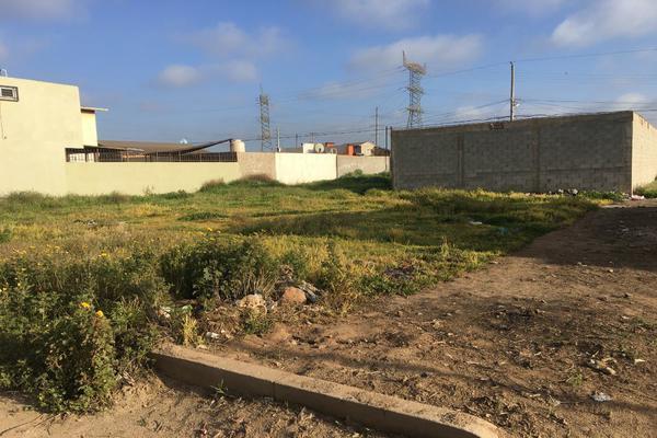 Foto de terreno habitacional en venta en jose maria morelos , conjunto artesanal, ensenada, baja california, 14023586 No. 01