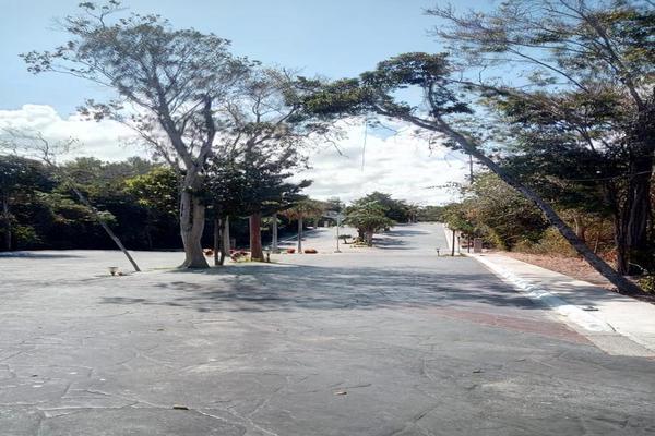 Foto de terreno habitacional en venta en  , josé maría morelos, josé maría morelos, quintana roo, 20899049 No. 08