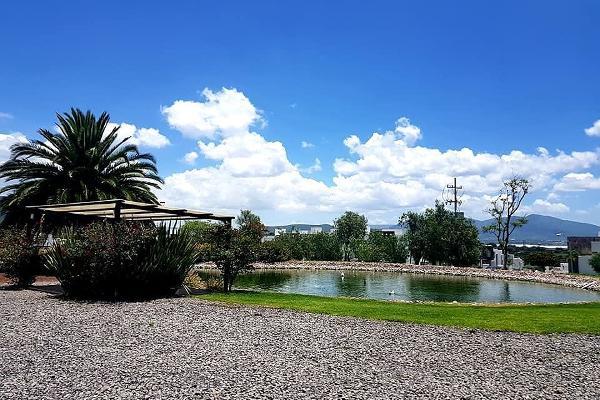 Foto de terreno habitacional en venta en  , juriquilla, querétaro, querétaro, 14034040 No. 02