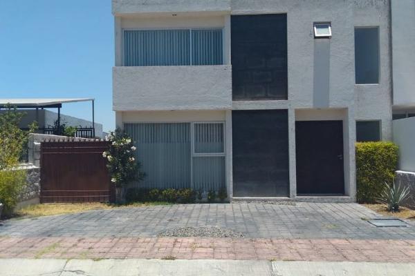 Foto de casa en venta en  , juriquilla, querétaro, querétaro, 14034060 No. 01