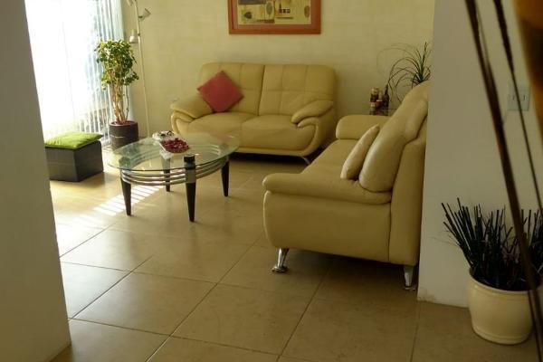 Foto de casa en venta en  , juriquilla, querétaro, querétaro, 14034060 No. 02