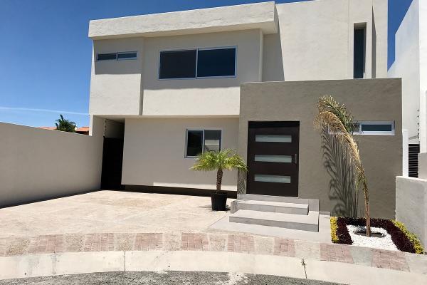 Foto de casa en venta en  , juriquilla, querétaro, querétaro, 14034132 No. 01
