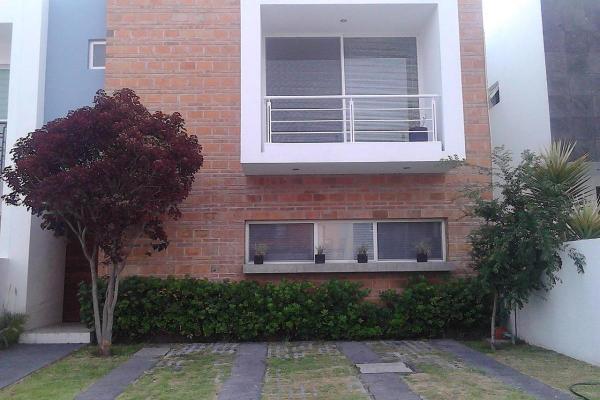 Foto de casa en venta en  , juriquilla santa fe, querétaro, querétaro, 14022920 No. 01