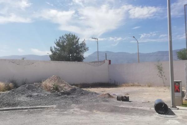 Foto de terreno habitacional en venta en  , la aurora, saltillo, coahuila de zaragoza, 5915920 No. 02
