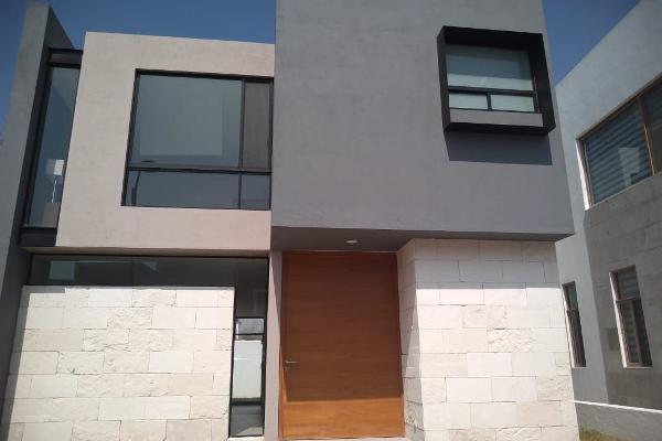 Foto de casa en venta en la condesa de san juan , lomas del campanario ii, querétaro, querétaro, 14020890 No. 01
