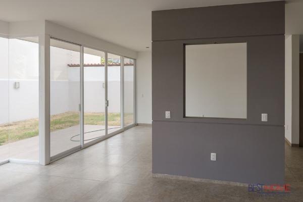 Foto de casa en venta en  , la condesa, querétaro, querétaro, 14035455 No. 05