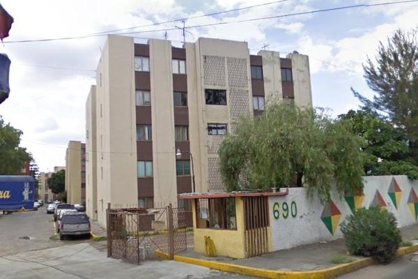 Foto de departamento en venta en avenida miguel bernard , la escalera, gustavo a. madero, distrito federal, 2721594 No. 02