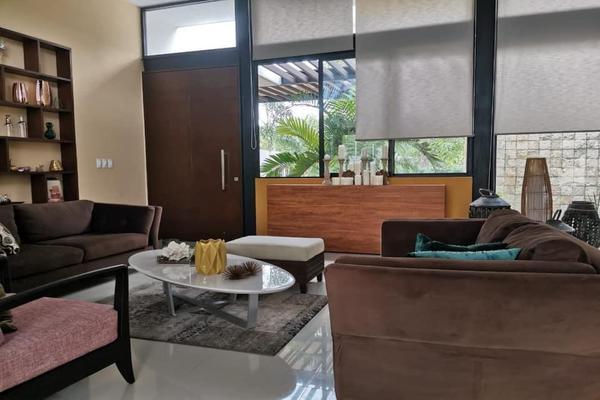 Foto de casa en venta en  , la florida, mérida, yucatán, 20962890 No. 02