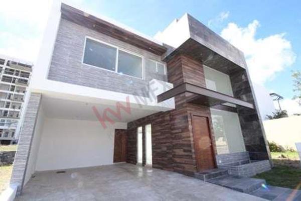 Foto de casa en venta en  , la isla lomas de angelópolis, san andrés cholula, puebla, 8848335 No. 01