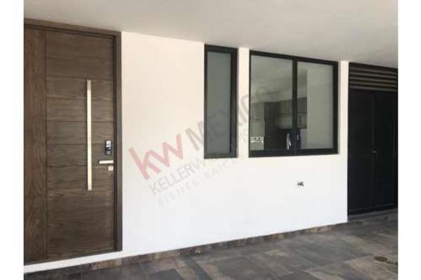 Foto de casa en venta en  , la isla lomas de angelópolis, san andrés cholula, puebla, 8848996 No. 03