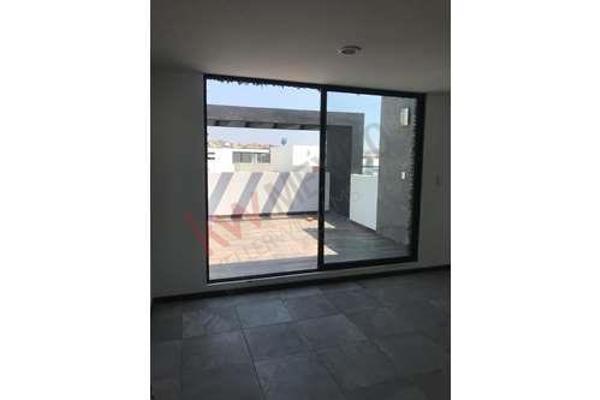 Foto de casa en venta en  , la isla lomas de angelópolis, san andrés cholula, puebla, 8848996 No. 04