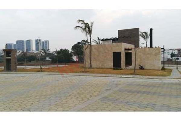 Foto de terreno habitacional en venta en  , la isla lomas de angelópolis, san andrés cholula, puebla, 8855344 No. 04