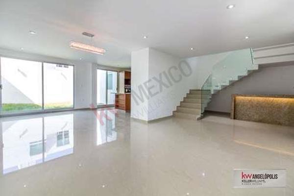 Foto de casa en venta en  , la isla lomas de angelópolis, san andrés cholula, puebla, 8857124 No. 01