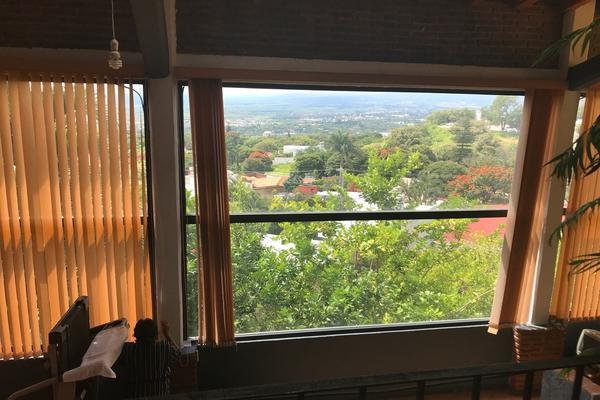 Foto de casa en venta en la montaña , bosques de palmira, cuernavaca, morelos, 16416613 No. 02