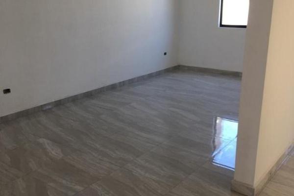 Foto de casa en venta en  , la palma, saltillo, coahuila de zaragoza, 14036260 No. 10