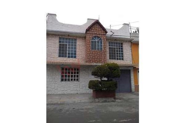 Foto de casa en venta en  , la perla, nezahualcóyotl, méxico, 0 No. 02