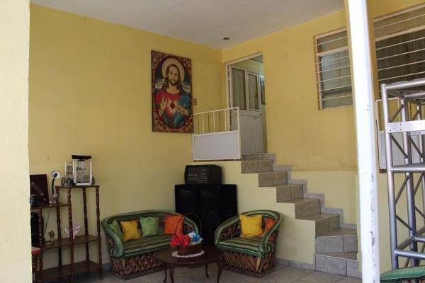 Foto de casa en venta en  , la piedad de cavadas centro, la piedad, michoacán de ocampo, 7933487 No. 02