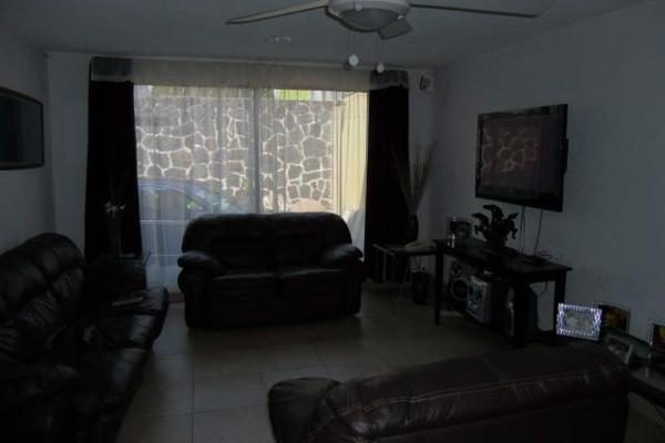 Foto de casa en venta en  , la pradera, cuernavaca, morelos, 2644816 No. 02