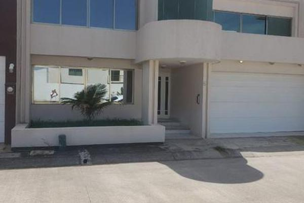 Foto de casa en venta en  , la pradera, emiliano zapata, veracruz de ignacio de la llave, 7922796 No. 01