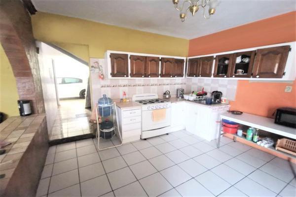 Foto de casa en venta en  , la soledad, morelia, michoacán de ocampo, 20361313 No. 02