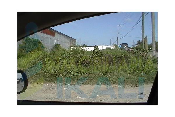 Foto de terreno habitacional en venta en  , la victoria, tuxpan, veracruz de ignacio de la llave, 5315112 No. 02